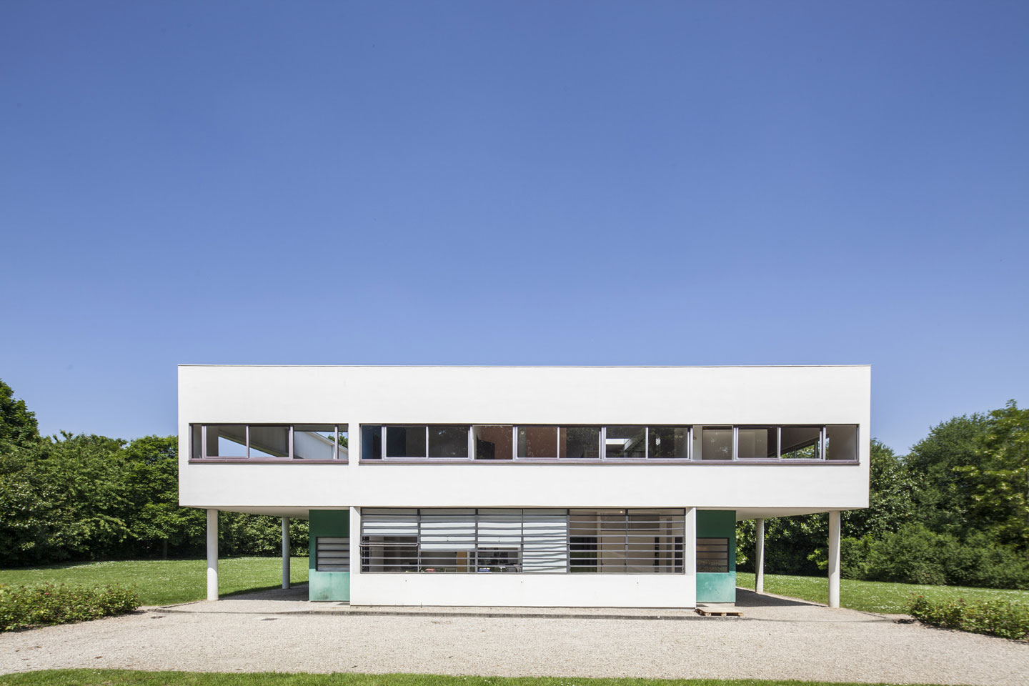 a discussion on architecture of corbusier and team 10
